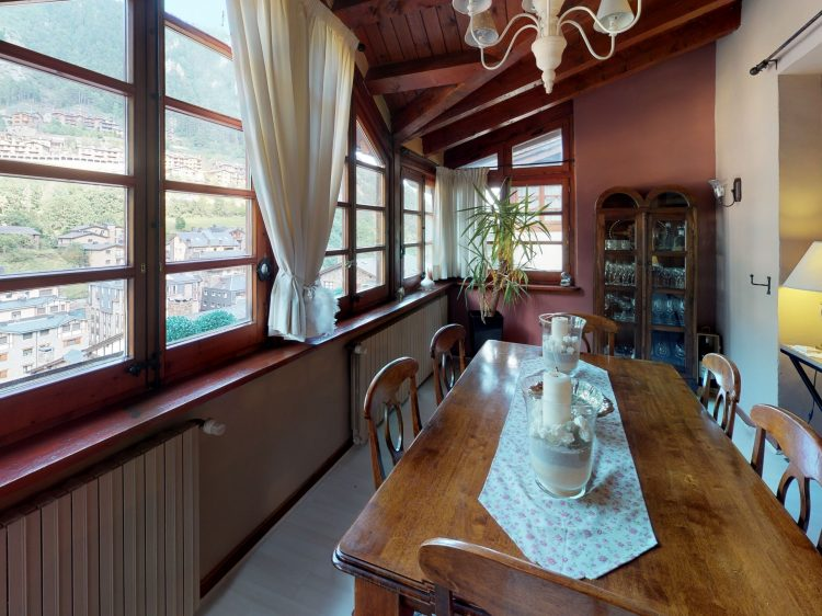 Borda-1-Dining-Room.jpg